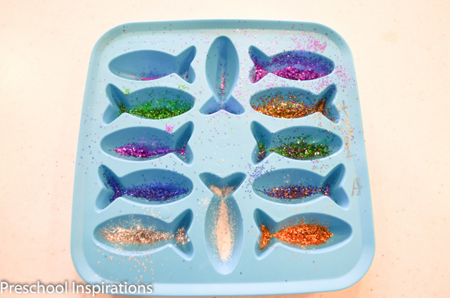 DIY Rainbow Fish by Preschool Inspirations