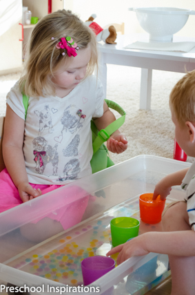 Water Bead Sorting ~ Preschool Inspirations-4