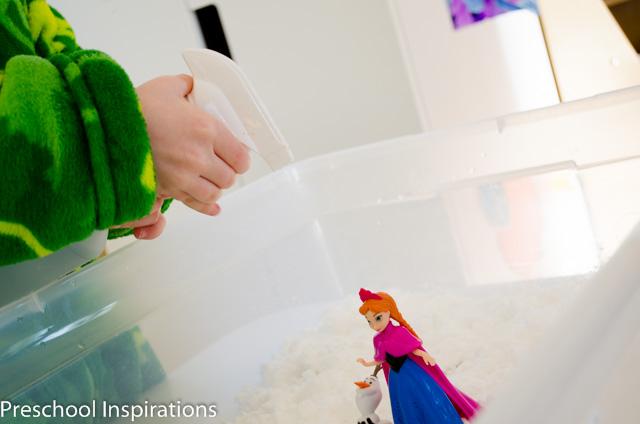 Frozen Small World in Snow Dough-2