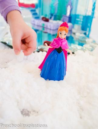 Frozen Small World in Snow Dough-3