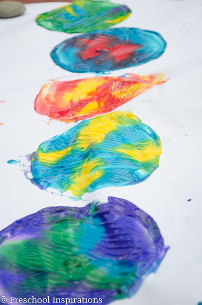 CD Process Art - Preschool Inspirations-3