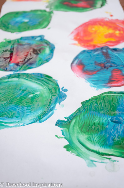 CD Process Art - Preschool Inspirations-5