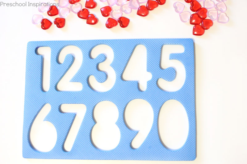 Number recognition activity for Valentine's Day