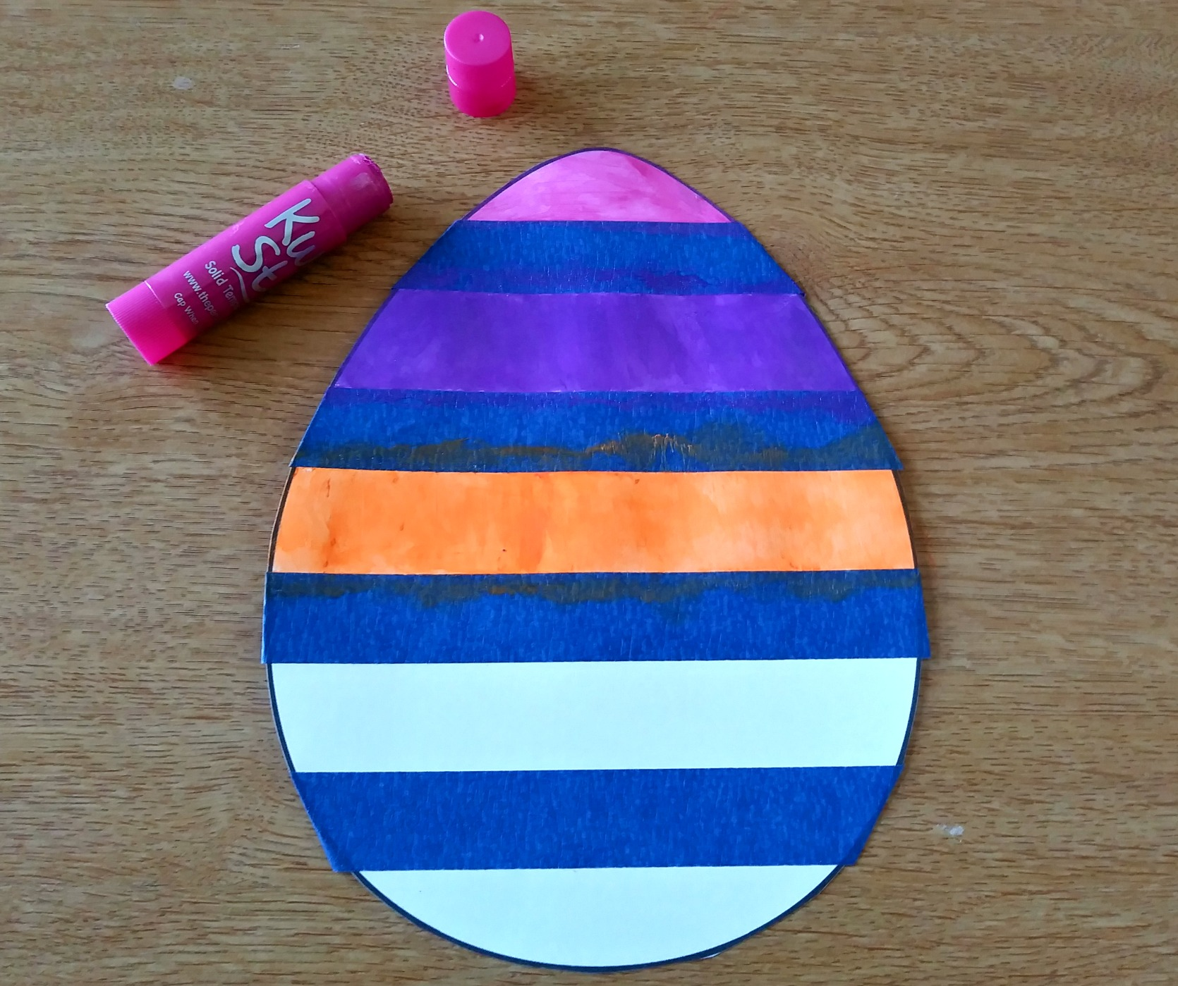 Fun and easy Easter egg art for kids