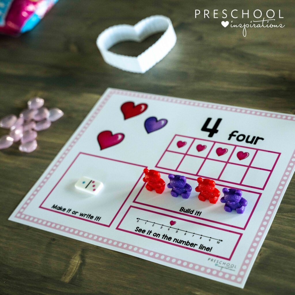 preschool valentine counting mat for the number four